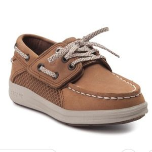 Sperry Gamefish boat shoe